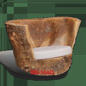 Poltrona King Tora de Madeira com estofado