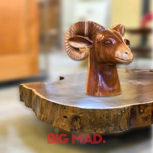 Escultura de Madeira Macica Bode Billy