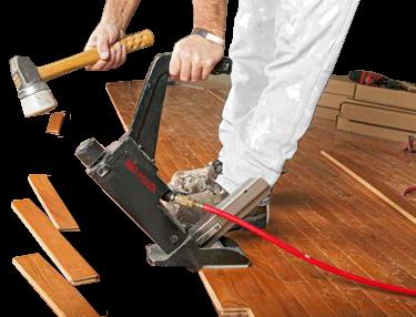 instalacao do piso pronto de madeira